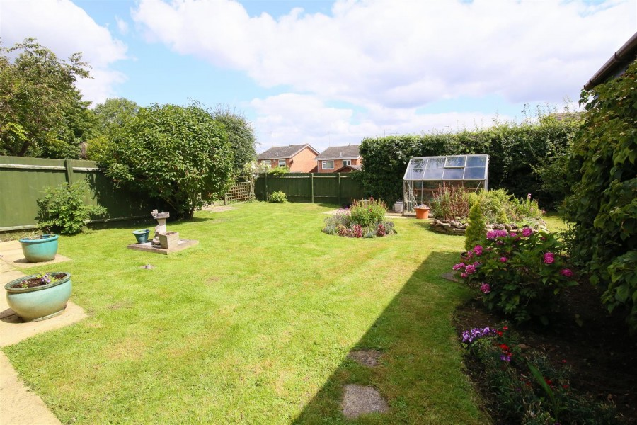 Images for Larch Close, Bilton, Rugby EAID:CROWGALAPI BID:1