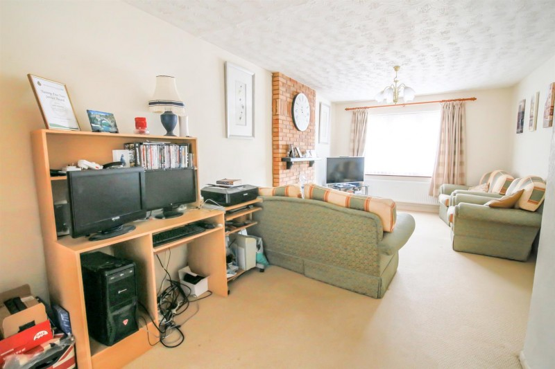 Images for Laurel Drive, Bilton, Rugby EAID:CROWGALAPI BID:1
