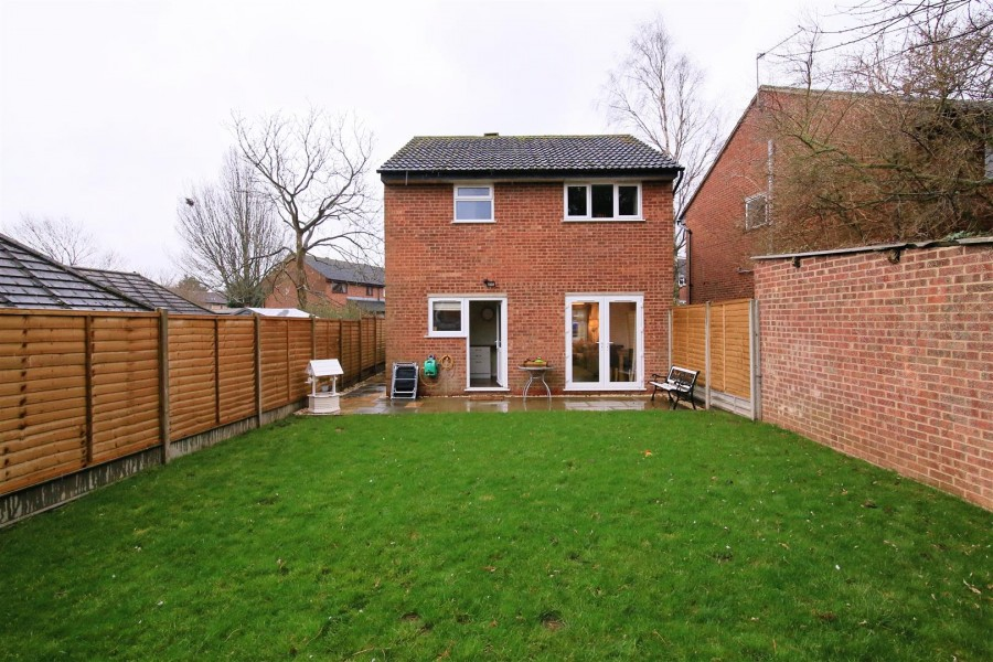 Images for Bracken Close, Rugby EAID:CROWGALAPI BID:1