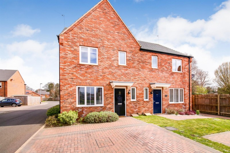 Images for Grange Close, Bilton,  Rugby EAID:CROWGALAPI BID:1