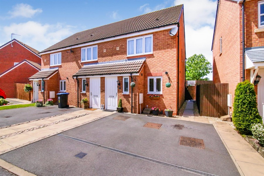 Images for Willowford Close, Long Lawford, Rugby EAID:CROWGALAPI BID:1