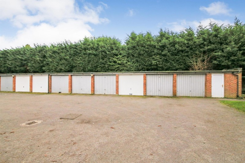Images for Martin Lane, Bilton, Rugby EAID:CROWGALAPI BID:1