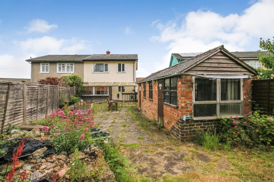 Images for Saunton Road, Rugby EAID:CROWGALAPI BID:1